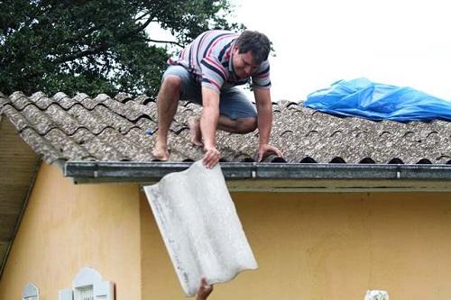Chuva, ventos fortes e granizo causam prejuízos em Criciúma