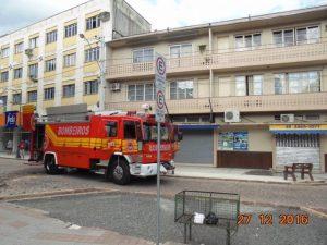 Bombeiros combatem princípio de incêndio em Urussanga