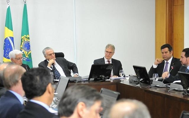 Plano de concessões do governo federal inclui BR-101 Sul e estudos para privatização da Casan