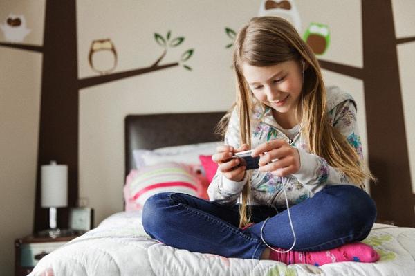 Coluna: Educação Uso do celular prejudica a aprendizagem