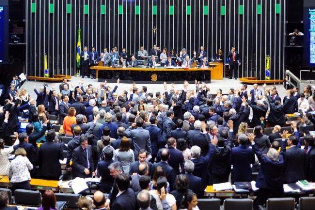 Bancada de Santa Catarina questiona texto da reforma da previdência