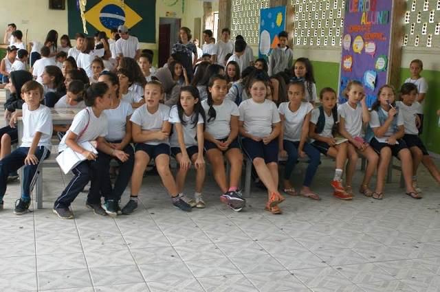 Cultura local é apresentada a intercambistas na Escola Visconde de Taunay, em Lauro Müller6