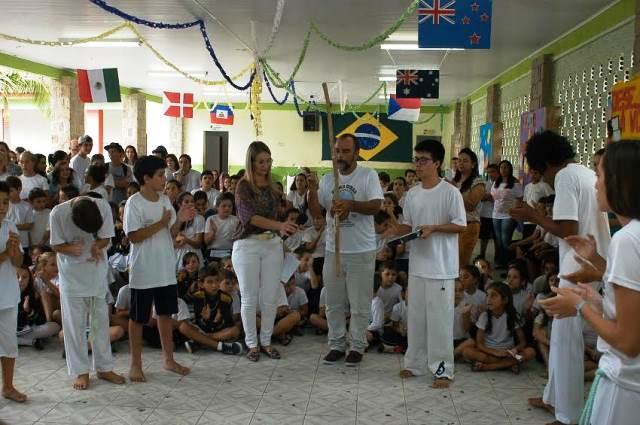 Cultura local é apresentada a intercambistas na Escola Visconde de Taunay, em Lauro Müller8