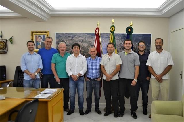 Deputado Kleinubing disponibiliza R$ 300 mil para Prefeitura de Braço do Norte