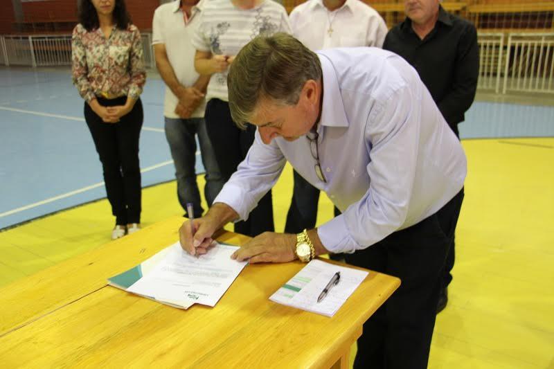 Entregue ordem de serviço para pavimentação na comunidade de Rio Capivaras Alto9