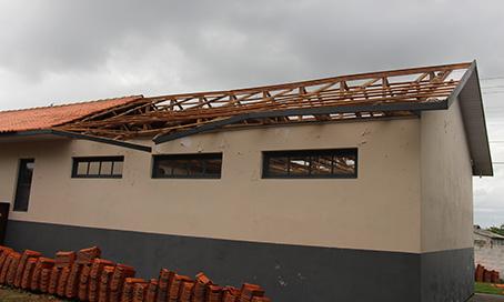Escola com estrutura comprometida em Jaguaruna
