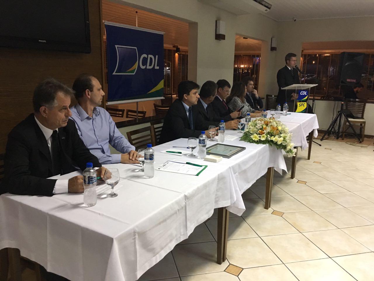 Nova diretoria assume comando da CDL de Braço do Norte por dois anos2