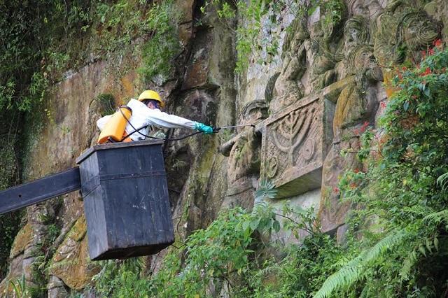 Nova etapa de restauração é realizada nas Esculturas do Paredão