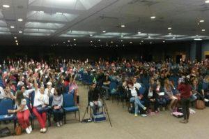 Professores estaduais de SC entram em estado de greve por 30 dias