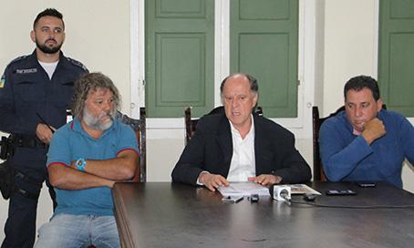 Segundo prefeito, dívida de Laguna supera R$ 29 milhões