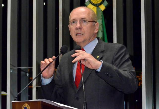 Senador Paulo Roberto Bauer fará palestra na Unisul nesta sexta-feira