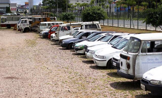 Veículos serão leiloados no Parque das Nações, em Criciúma