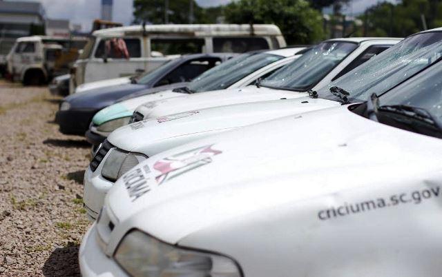 Veículos serão leiloados no Parque das Nações, em Criciúma2