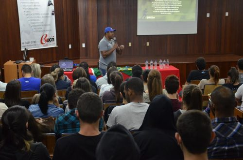 Medalhista olímpico faz palestra na Esucri2