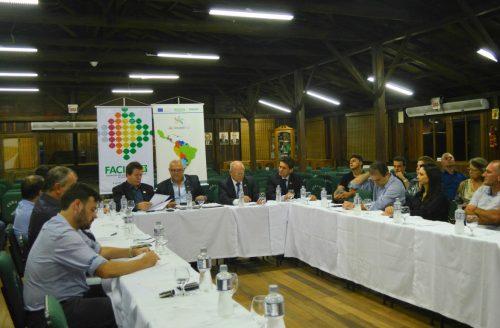 Presidentes das ACIs do Extremo Sul se reúnem para Plenária da Facisc, em Orleans