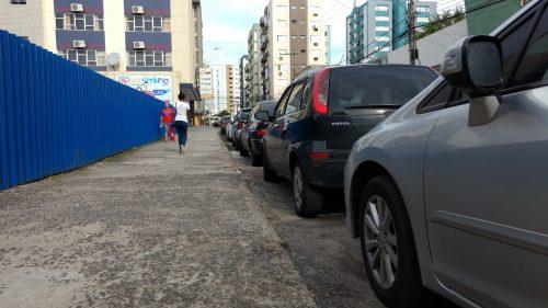 Um edifício garagem contra a falta de estacionamento4