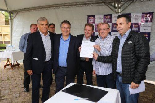 Governo do Estado entrega ordem de serviço para obras do acesso ao Farol de Santa Marta
