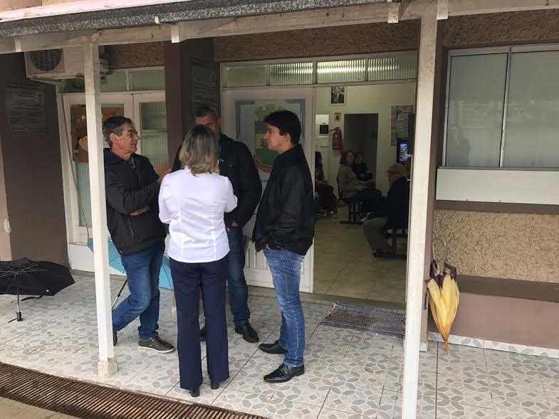 Prefeito de Braço do Norte vistoria obras do novo ESF do Travessão4