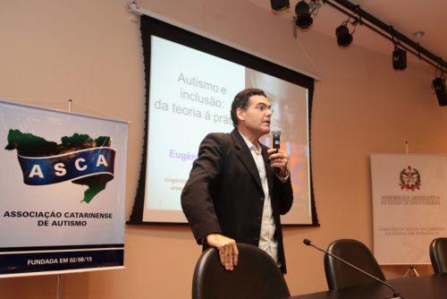 Antonio Eugênio Cunha, doutor em Educação (Foto: Miriam Zomer / Agência AL)