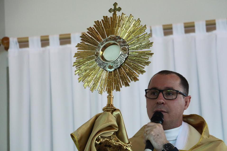 Cenáculo de Pentecostes reúne centenas de fiéis em Criciúma4