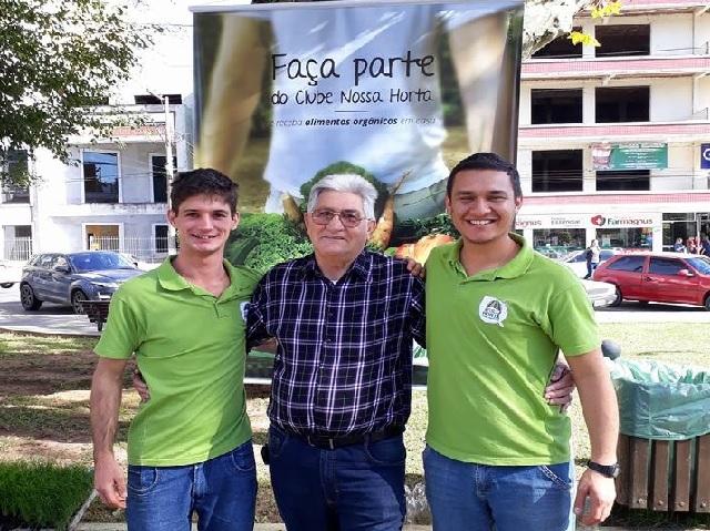 Centro Educacional Meta promove Sábado Literário na Praça Celso Ramos, em Orleans0