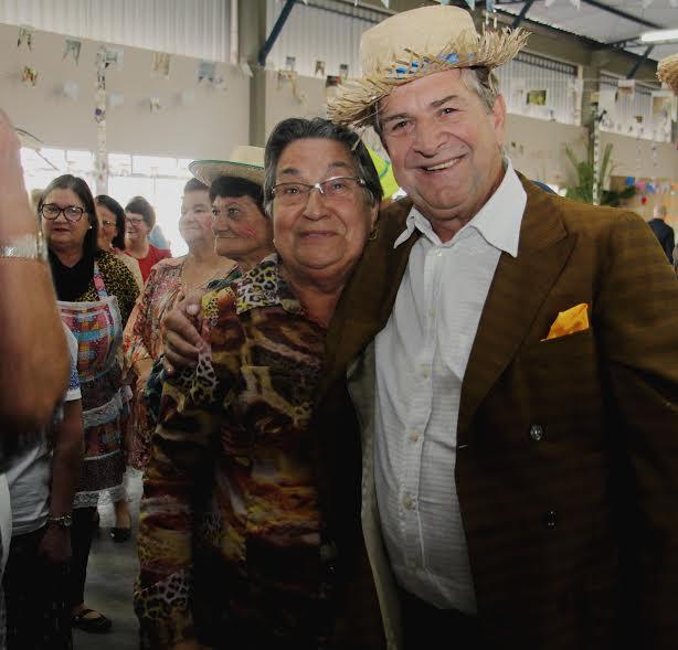 Festa Junina da Terceira Idade reúne idosos do município em Lauro Müller15