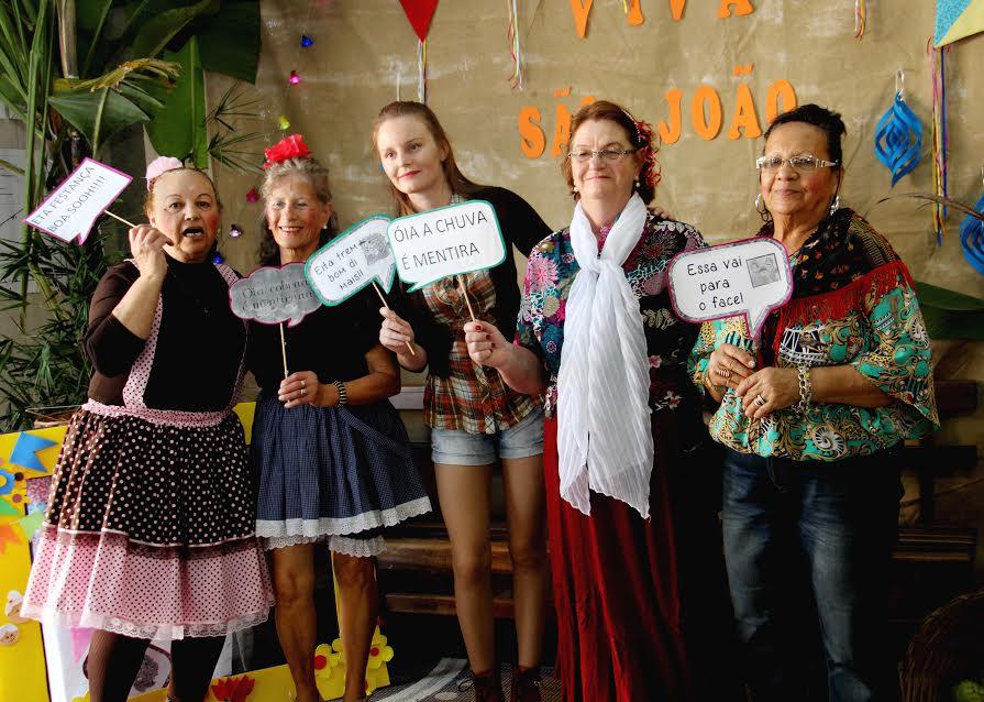 Festa Junina da Terceira Idade reúne idosos do município em Lauro Müller5