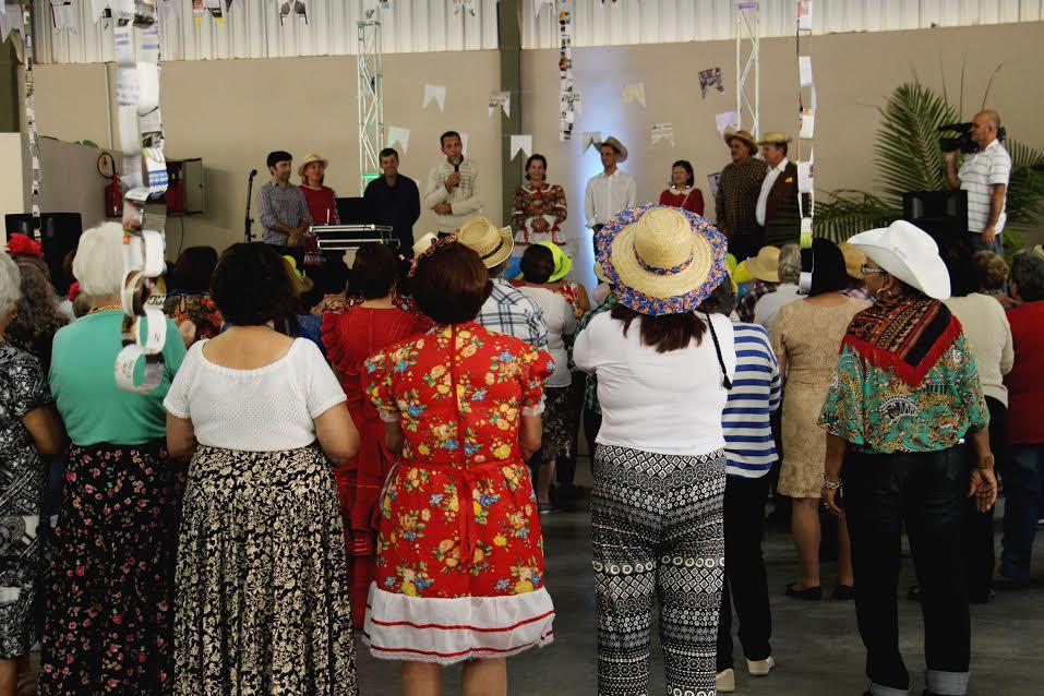 Festa Junina da Terceira Idade reúne idosos do município em Lauro Müller9