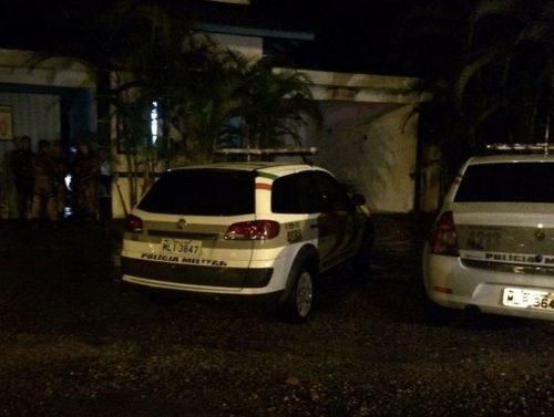 PM é morto a tiros dentro de motel em Joinville; suspeito é outro policial