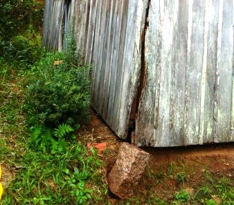 Parte de casa de madeira desaba em Criciúma5