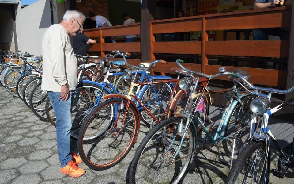 Primeiro Encontro de Bicicletas Antigas reúne raridades em Siderópolis