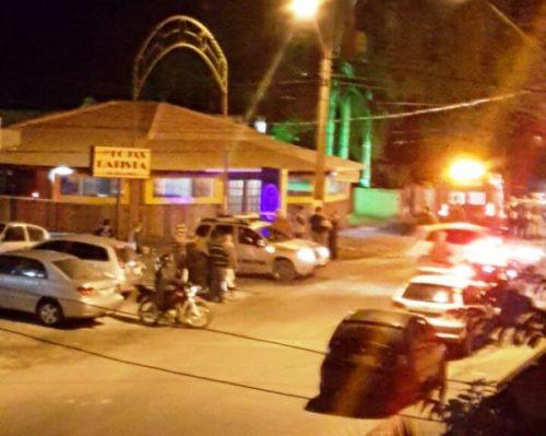Proprietários são baleados em lanchonete, em Capivari de Baixo