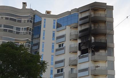 Proteção em escada evitou desastre durante incêndio em edifício de Tubarão2