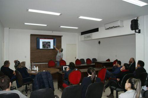 Secretário apresenta medidas para evitar alagamentos em Içara