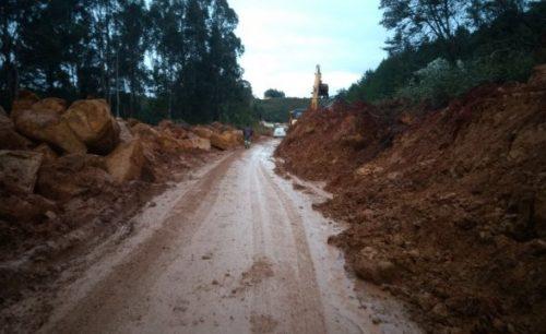 Uma pista da BR-282 em São José do Cerrito é liberada após duas semanas de interdição total 2