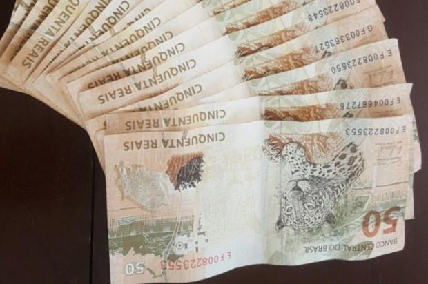 Homem é preso tentando pagar o aluguel com dinheiro falso em Balneário Camboriú