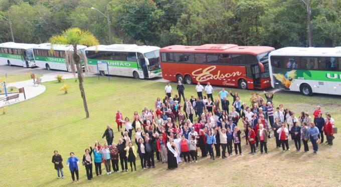 Grupos de Idosos de Lauro Müller participam da Festa do Vinho em Urussanga