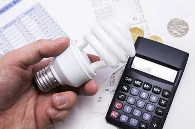 Resultado de imagem para Decreto reduz subsídios da conta de luz