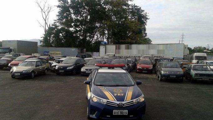 1,8 mil veículos apreendidos serão leiloados pela PRF em SC