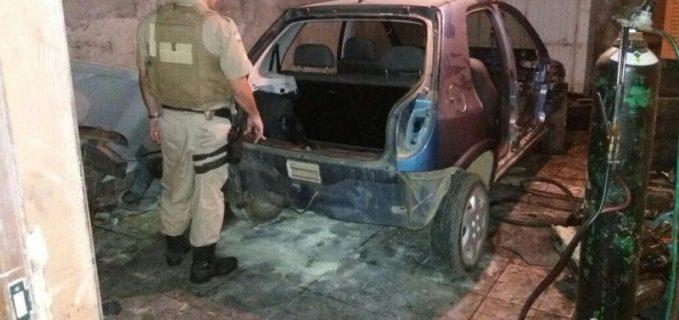 Polícia encontra desmanche de veículos no Balneário Rincão
