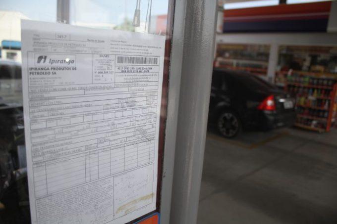 Empresário expõe gasto com compra e venda de combustíveis