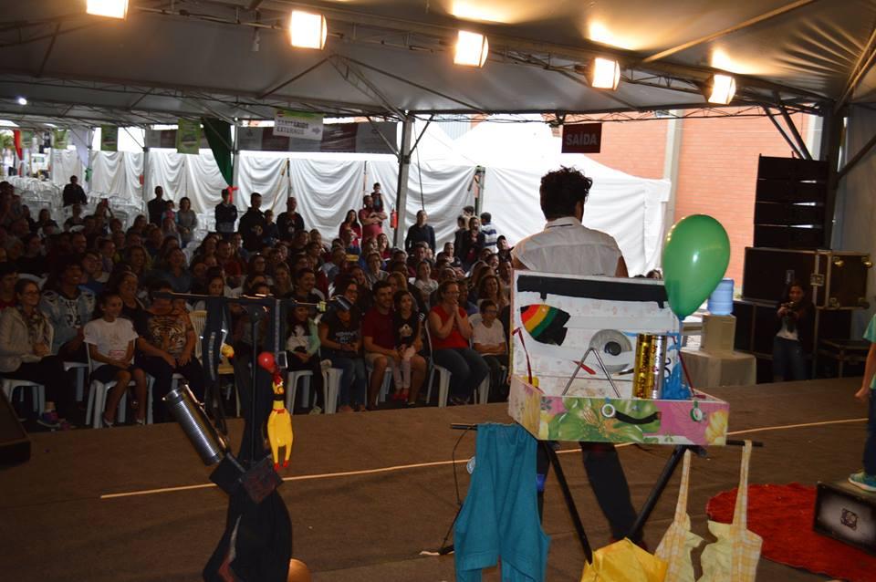 Festival Nacional de Teatro Revirado encanta e diverte público da V Cocalfest5