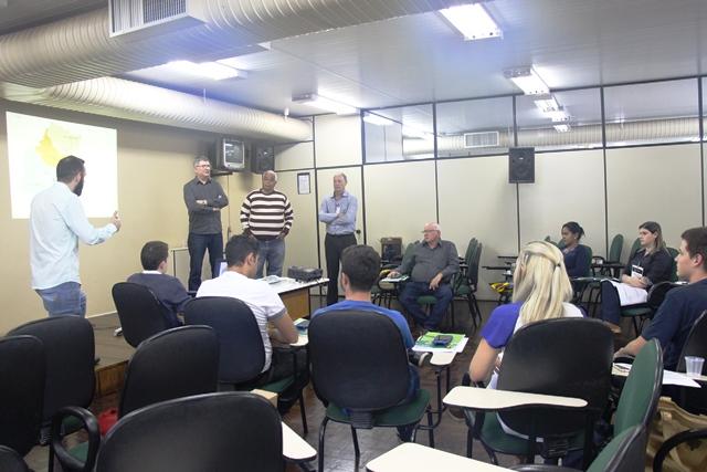 IBGE treina equipe para realização do Censo Agro 2017, em Orleans e Braço do Norte