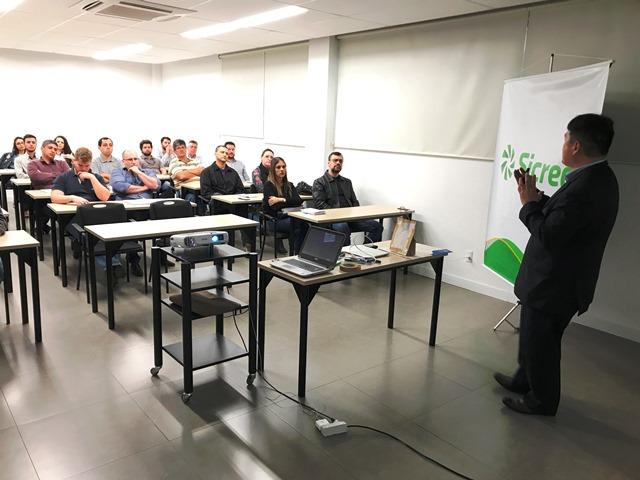 Sicredi Sul SC e Sebrae trazem programa de gestão para empresas