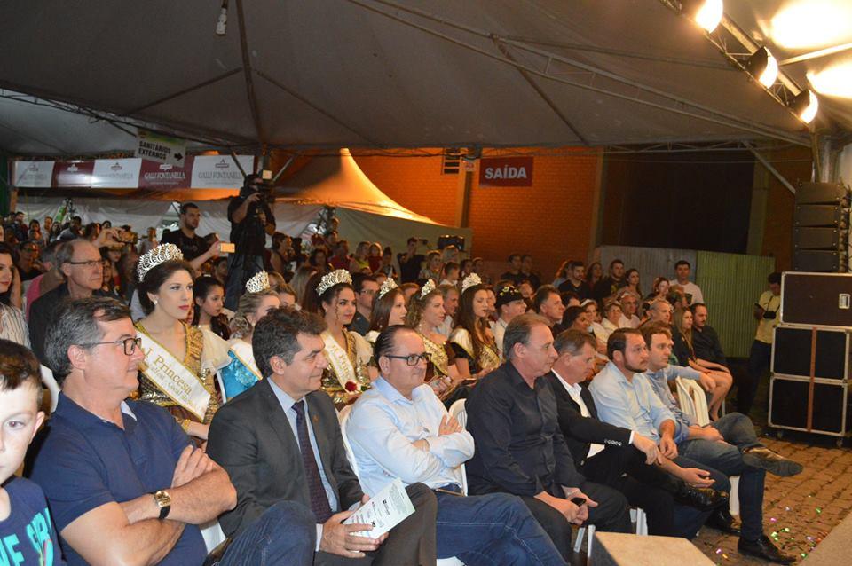 V Cocalfest reúne mais de 10 mil pessoas nos dois primeiros dias de festa11
