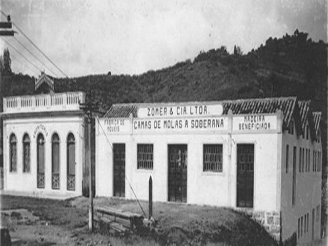 Fábrica de Móveis Zomer - Bairro Coloninha (1)