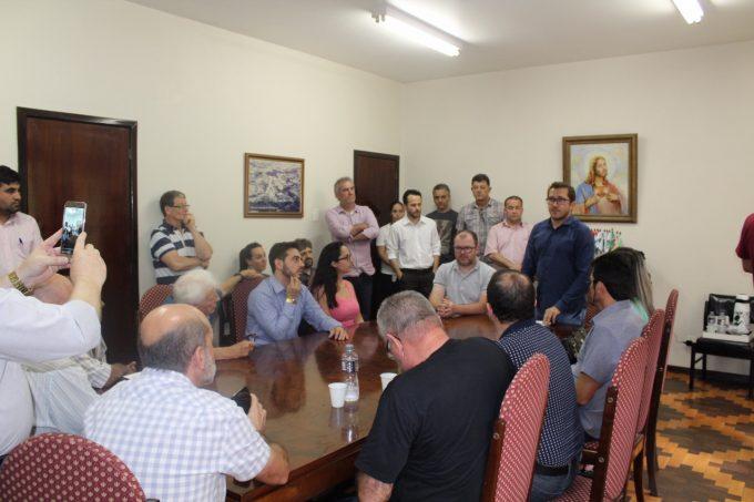 Assinatura de contrato dá início a construção da Área Industrial em Urussanga