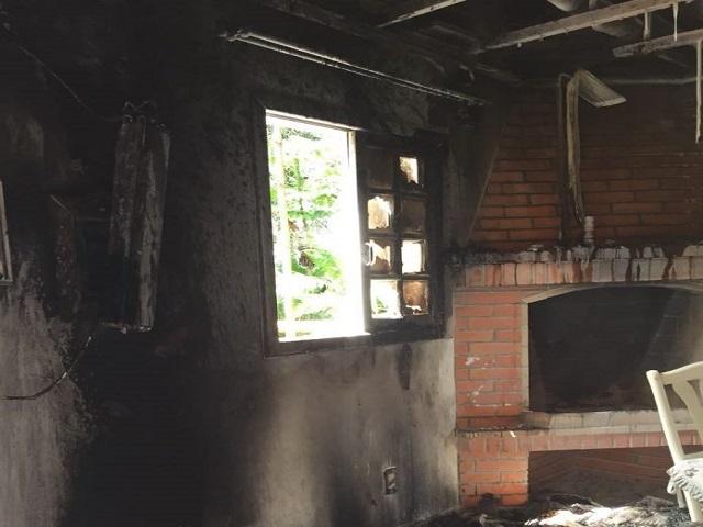 Incêndio atinge pousada em Urussanga