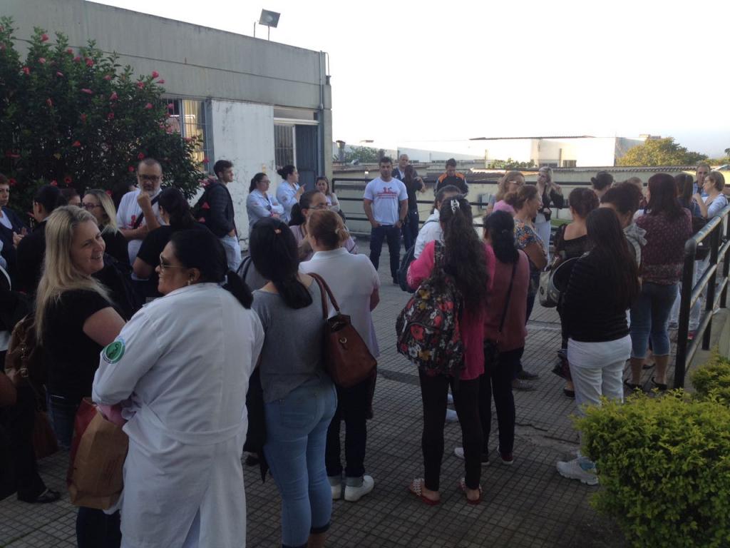 Servidores do Hospital Regional de Araranguá iniciam greve4