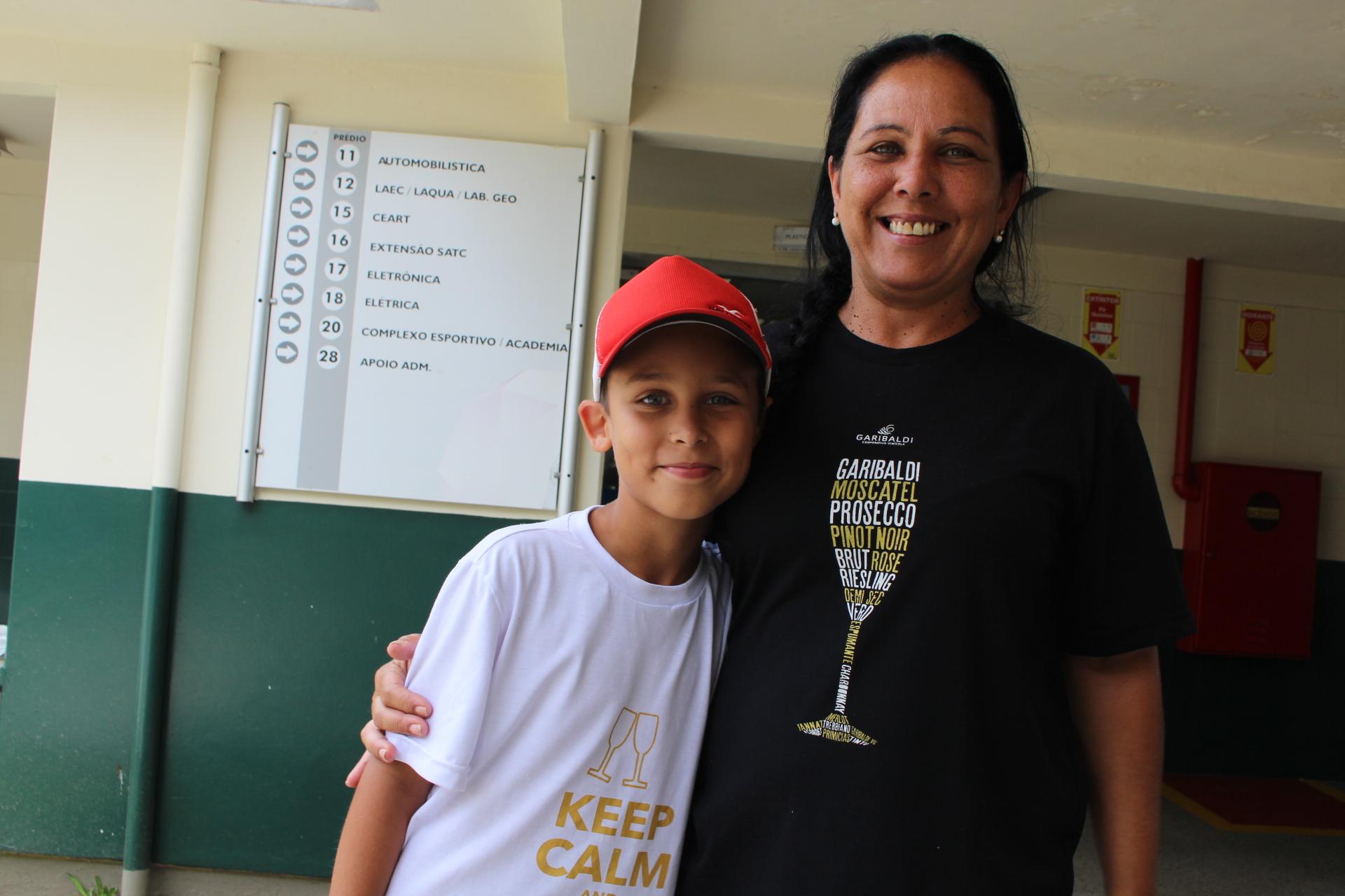 Emanuel e a mãe Jussane